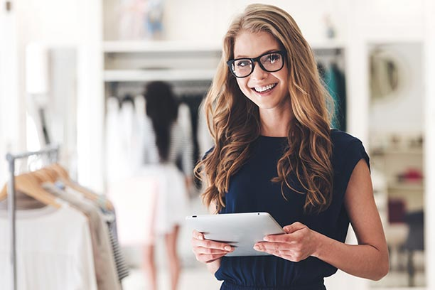 modernit digitaaliset viestintäratkaisut markkinointiin, asiakaspalveluun ja mynnin tueksi